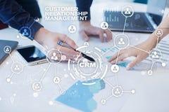 CRM Het concept van het klantrelatiebeheer De klantendienst en verhouding royalty-vrije stock foto's
