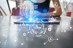 CRM Het concept van het klantrelatiebeheer De klantendienst en verhouding stock afbeeldingen