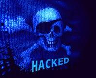 Cráneo y bandera pirata en código binario con el mensaje sobre cortar Foto de archivo