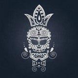 Crânio decorativo do vetor Dia dos mortos em México O crânio em um fundo escuro para Dia das Bruxas Tradicional, religioso Foto de Stock Royalty Free