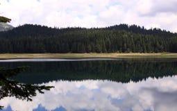 Crno Jezero (Zwart Meer), het Nationale Park van Durmitor, Montenegro 01 stock afbeelding