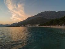 A Croácia costeia e montanhas fotografia de stock royalty free
