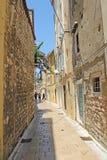 Croácia, rua velha da cidade de Zadar Foto de Stock