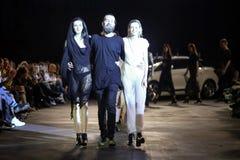 Cro en Porter Fashion Show: An-Estetik Zagreb, Kroatien royaltyfri foto