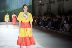 Cro furtianu pokaz mody: BLIŹNIACY Begovic ja Stimac, Zagreb, C Zdjęcia Royalty Free