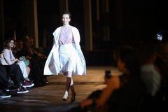 Cro furtianu pokaz mody: Manuela Lovrencic, Zagreb, Chorwacja Obraz Royalty Free