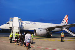 Croatia Airlines Airbus à l'aéroport de Pula photo libre de droits