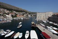 croatia dubrovnik gammal port Arkivbilder