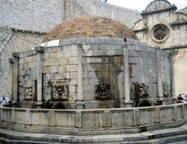 croatia dubrovnik Stora Onofrios springbrunn Arkivfoto