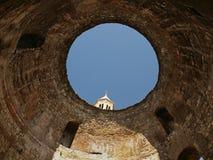 Croatia, fractura, Vestíbulo-catedral de St Domnius Imagenes de archivo