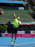 Croatioan网球员伊沃Karlovic为澳网做准备在Kooyong经典陈列比赛 免版税库存图片
