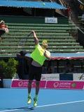 Croatioan gracz w tenisa Ivo Karlovic narządzanie dla australianu open przy Kooyong Klasycznym Powystawowym turniejem Obrazy Royalty Free