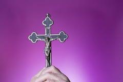 Croce santa a disposizione Fotografie Stock Libere da Diritti