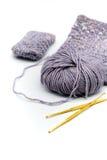 Crochet de crochet d'or et couleur différente des fils Image stock