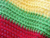 Crochet rouge, vert et jaune de couleurs Image libre de droits