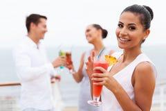 Crociera del cocktail della ragazza Fotografia Stock