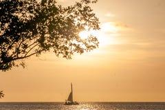 Crociera di tramonto fotografie stock libere da diritti