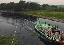 Crociera nel fiume del Bangladesh immagini stock