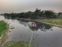 Crociera nel fiume del Bangladesh fotografie stock libere da diritti