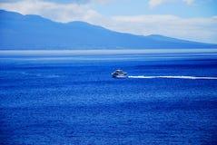 Crociera in oceano blu Maui, Hawai Fotografia Stock