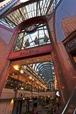Crocker Galleria-Einkaufszentrum am Finanzbezirk in San Francisco Stockfotos