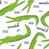 Crocodilos felizes, teste padrão sem emenda bonito colorido Fundo decorativo com animais ilustração stock