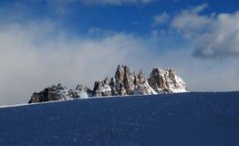Croda da Lago & Lastoni di Formin, Dolomites, i vinter, Veneto Arkivbilder