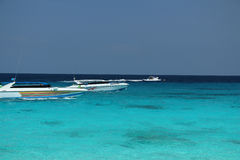 crogioli Ciano-blu di velocità e di acqua Fotografia Stock Libera da Diritti