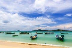crogioli di A lungo coda, spiaggia di Rawai, Phuket, Tailandia Fotografie Stock Libere da Diritti