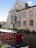 Crogioli stretti di canale alla celebrazione di 200 anni del canale di Leeds Liverpool a Burnley Lancashire Fotografia Stock Libera da Diritti