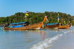Crogioli tailandesi tradizionali di coda lunga Fotografia Stock