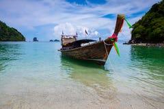 Crogiolo tradizionale di coda lunga al mare Separated/Thale Waek Fotografie Stock Libere da Diritti