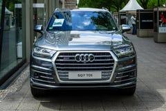 Croisement de luxe normal SUV Audi SQ7 TDI, produit depuis 2016 Photo stock
