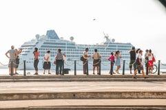 Croisière américaine de ` d'Adonia de ` la première arrive au Cuba en quelques décennies Images libres de droits