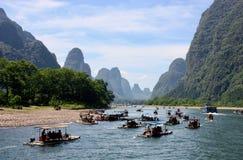 Croisière de bateau sur la rivière de Li, Chine Image stock