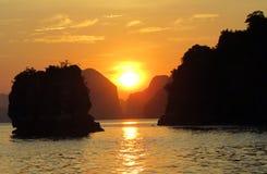 Croisière pour un coucher du soleil Photographie stock libre de droits