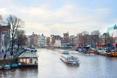 Croisières de bateau d'Amsterdam Images stock