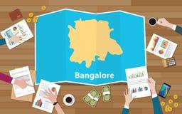 Croissance d'économie de région de ville de l'Inde de bangaluru de Bangalore avec l'équipe discuter sur la vue de cartes de pli à illustration libre de droits