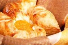 croissant świeży Zdjęcia Royalty Free