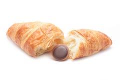 Croissant aislado en el fondo blanco foto de archivo libre de regalías