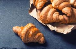 Croissant butirrosi saporiti immagine stock libera da diritti