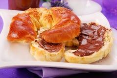 Croissant con la crema del cioccolato Fotografia Stock Libera da Diritti