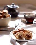 Croissant con le albicocche secche Fotografie Stock