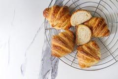 Croissant cotto fresco fotografia stock libera da diritti