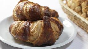 Croissant da bruxa do café da manhã da manhã filme