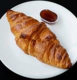 Croissant da manteiga Fotografia de Stock Royalty Free
