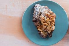 Croissant della mandorla fotografia stock