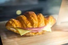 Croissant di Ham Cheese immagine stock libera da diritti