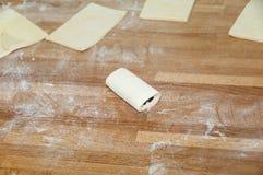 Croissant do chocolate antes de cozer. Fotografia de Stock
