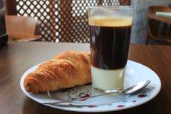 Croissant e café Foto de Stock